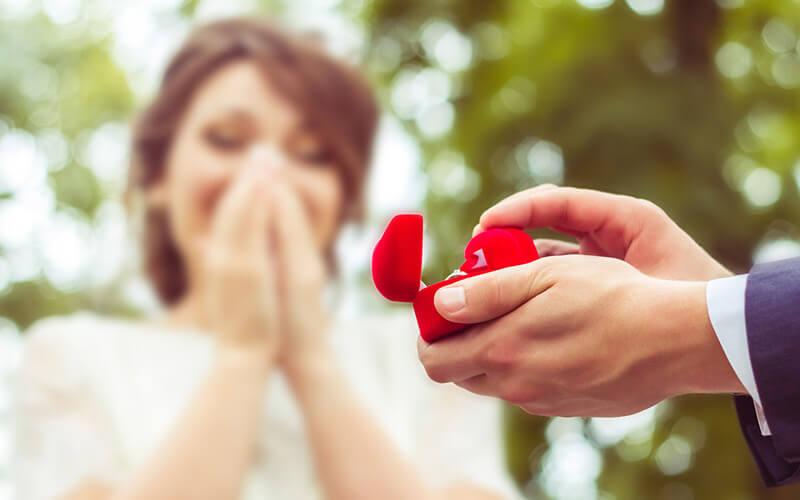 Zaruke: Kada, gdje i kako zaprositi?